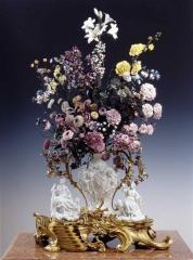 fleurs porcelaineVincennes.jpg